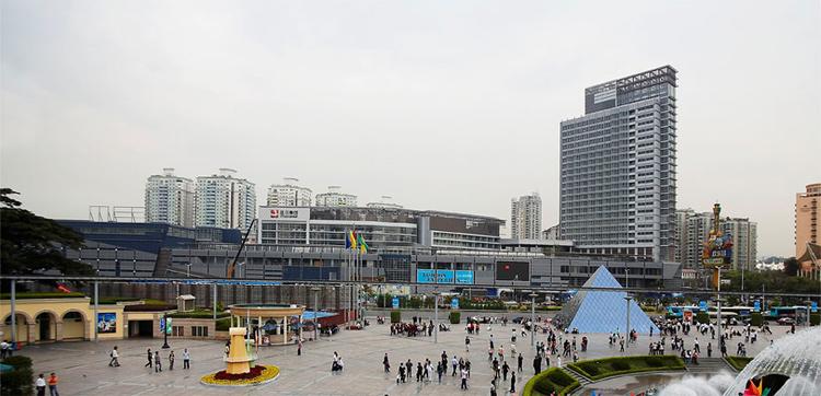深圳益田手机假日apple买分期广场?用储iphone5s和iphone4s摄像头图片